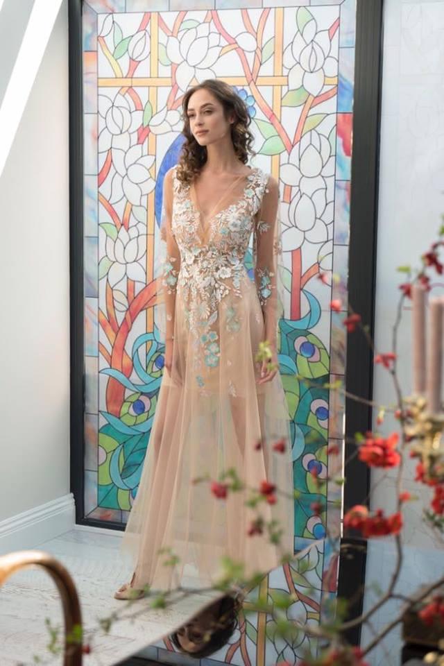 JG večerní šaty - Obrázek č. 3
