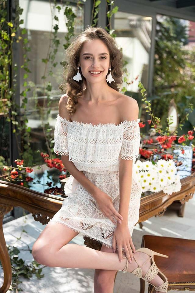 JG večerní šaty - Obrázek č. 4
