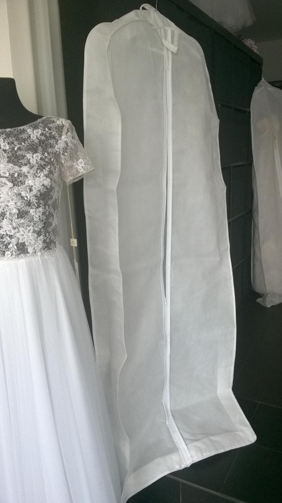 Vyrábíme kvalitní vaky na svatební šaty - Obrázek č. 1