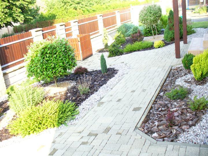 Naše bydlení a zahrada - Obrázek č. 2