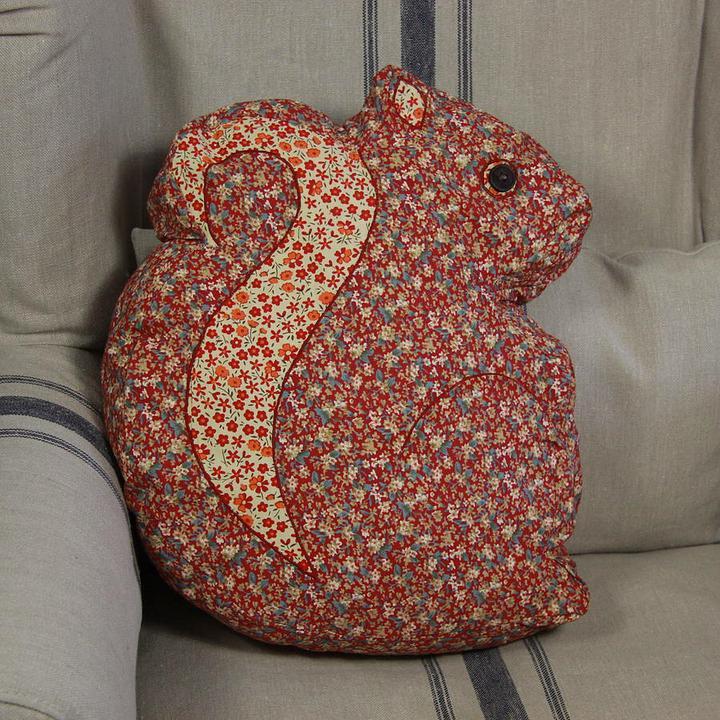 Vyrobme si vankúšik - Veverička je tiež skvelý nápad...