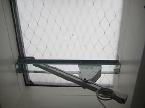 okno na plafone