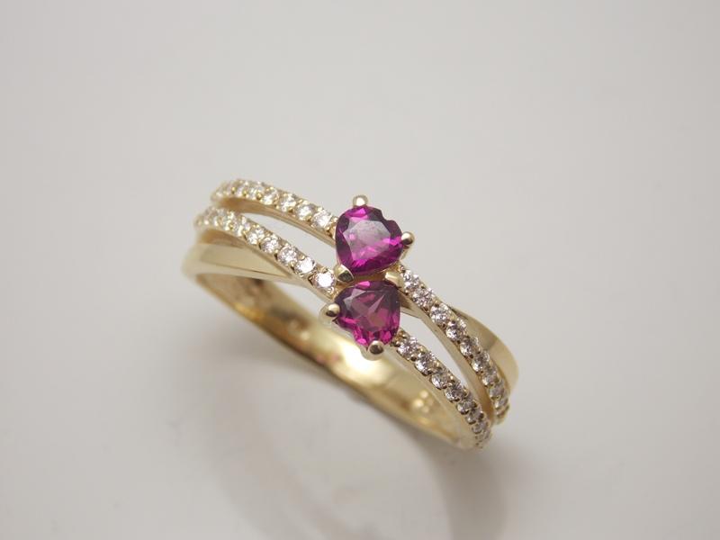 Láska obklopená diamantami - Obrázok č. 1