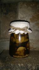 houby v octu s apartním kloboukem ;-)