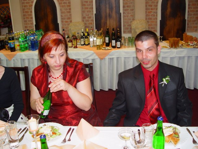 Miška + Robko - a to sme my dvaja na svadbe nasej kamaratky, april 2008