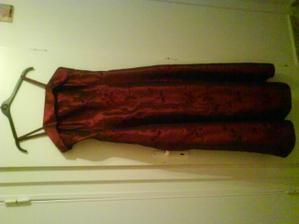 popolnočné šaty ...