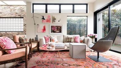 ružová nemusí byť v dievčenských detských a v shaby-chic interiéroch ( neviem, či som to správne napísala :-( )