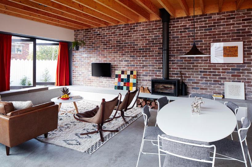 Ďalší ideál! Hmmmm, krásne bývanie :-) http://sketcher.startitup.sk/stary-tehlovy-dom-premeneny-nadherny-moderny-interier/ - Obrázok č. 1
