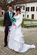 Hned potom co mi závoj uletěl a ženich za nim běžel světa kraj :)