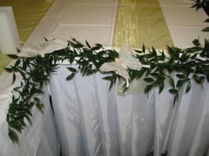 dekoracia hlavneho stola...