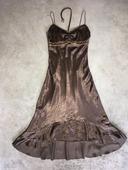Hnedé asymetrické šaty so špagátovými ramienkami , 36