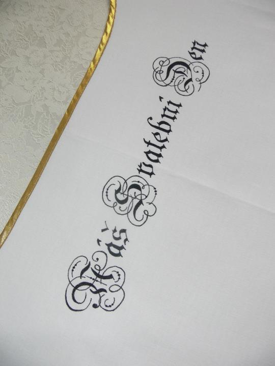 Svatební doplňky v barvě zlata - Novomanželský bryndák - můžeme doplnit i Vaše jména a datum svatby