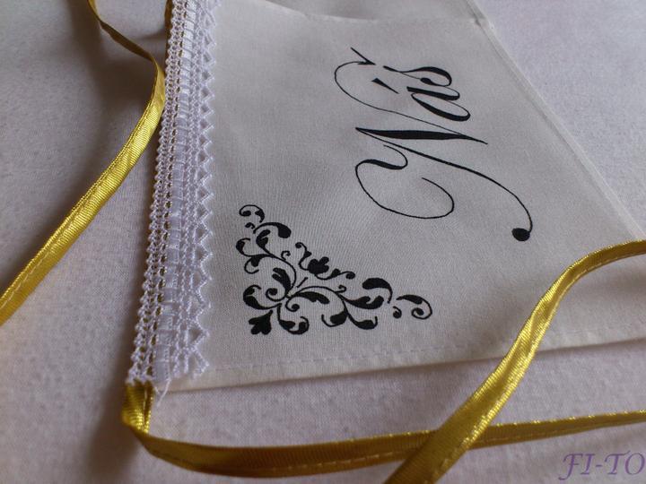 Svatební doplňky v barvě zlata - Girlanda - výběr textů i lemování