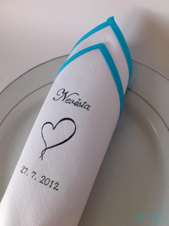 Svatební doplňky v barvě nebe - Látkové ubrousky - účelná maličkost může zůstat jako památka