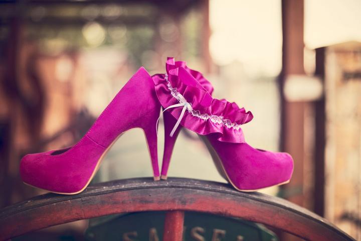 fi_to - Krásná fotka našeho podvazečku s botkami (děkujeme za zapůjčení fotečky na náš profil)