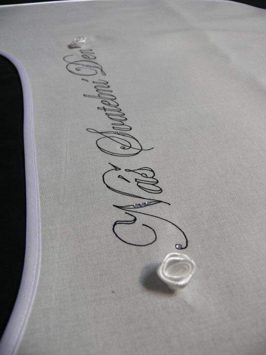 Svatební doplňky v barvě bílo černé - Obrázek č. 6