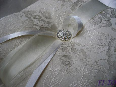 Luxusní polštářek na prstýnky - Obrázek č. 1