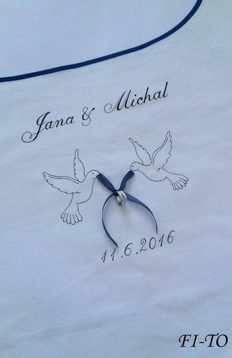 Bryndák pro novomanžele s holubičkami - Obrázek č. 1
