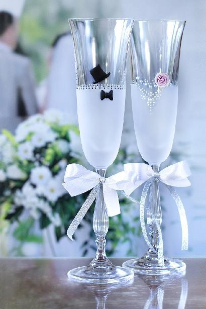 Svatební sklenice ženich nevěsta - Obrázek č. 1