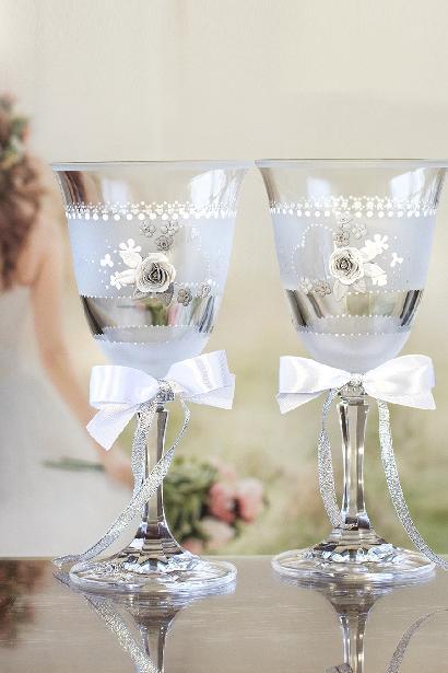 Svatební sklenice pískování s růží - Obrázek č. 1
