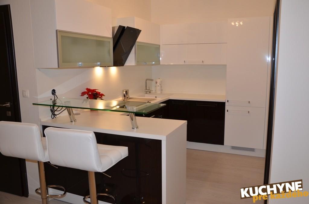 kuchyneprekazdeho - Dvierka-biela lesk+papyrus hnedý lesk, korpus-biely