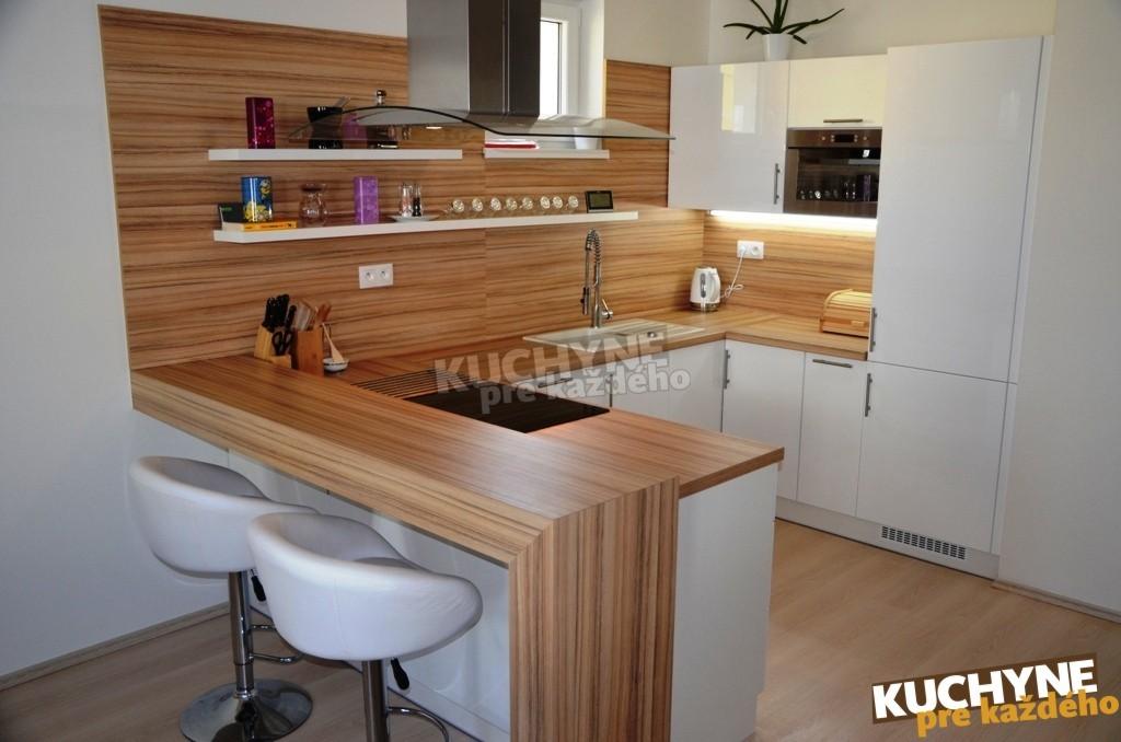kuchyneprekazdeho - Dvierka-biela lesk, korpus-biely