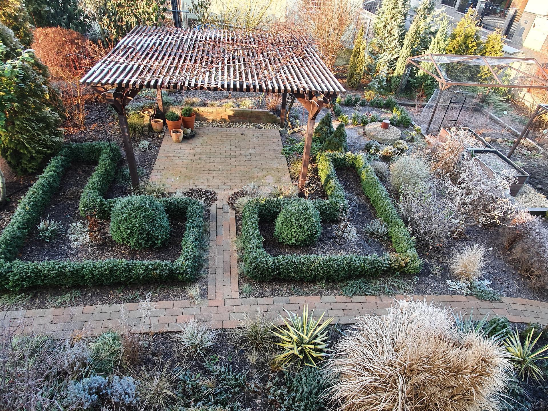 Zahrada ozdobená mrazem - Obrázek č. 3