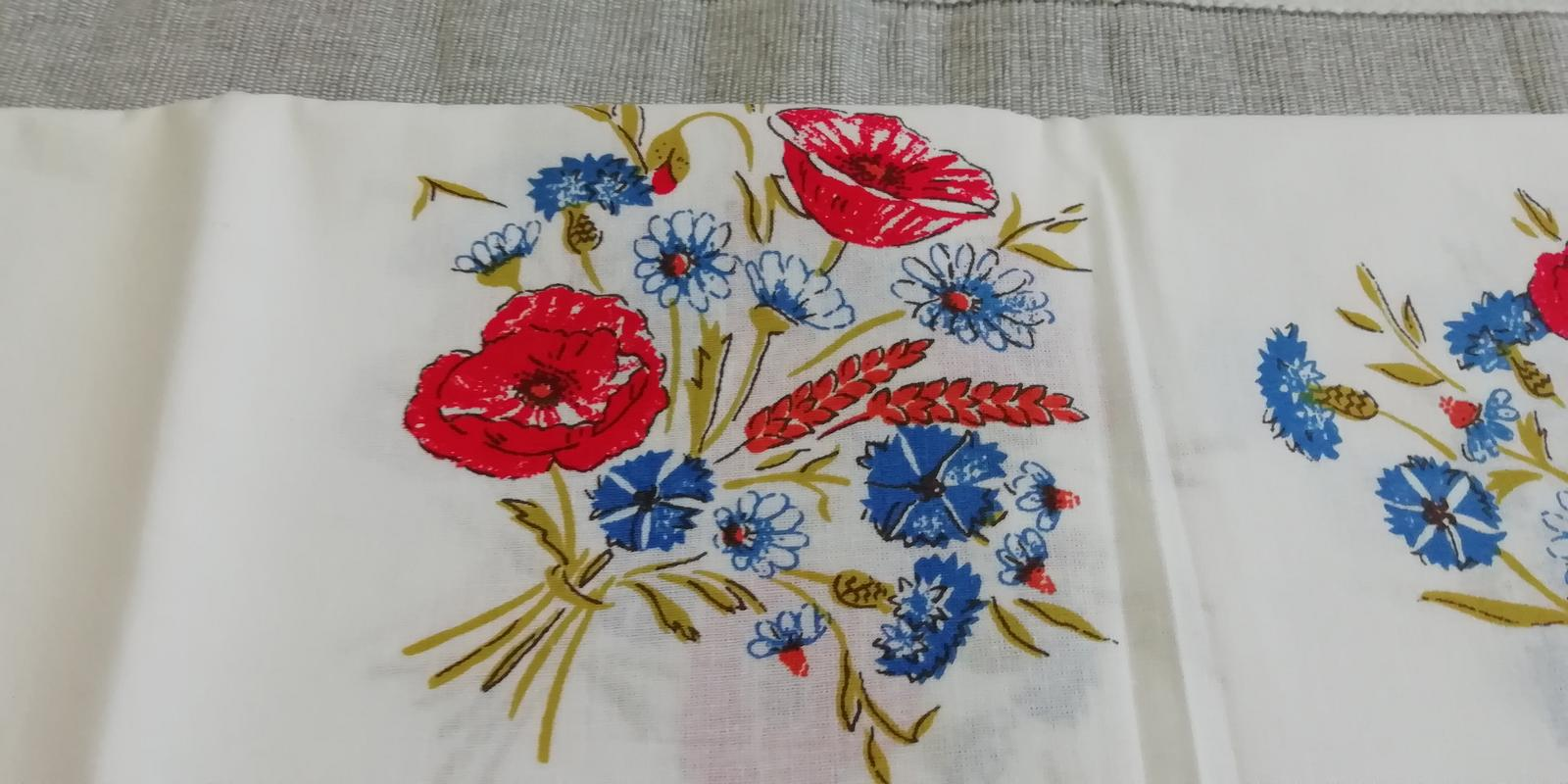 Obrus s lúčnymi kvetmi - Obrázok č. 1