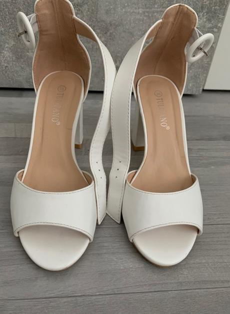Svadobné koženné sandalky Tulipano  - Obrázok č. 1