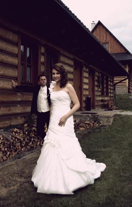 Korzetove svadobne saty - Obrázok č. 1