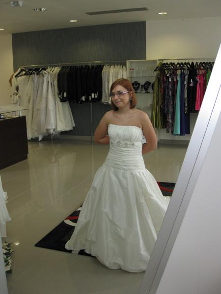 18.9.2010 bude bašavel:)) - la sposa 2010-liberia...nadherne dievcenske...hrave