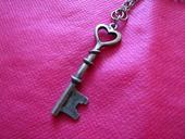 Náhrdelník s príveskom kľúčik ,