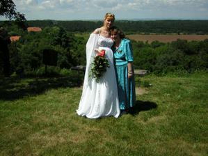 s mojí sestrou