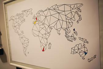 Kazda cesta zacina prvym krokom. Kam by mal viest ten nas? Na mape nam vyfarbite, v knihe vysvetlite a fotakom sa zvecnite:)