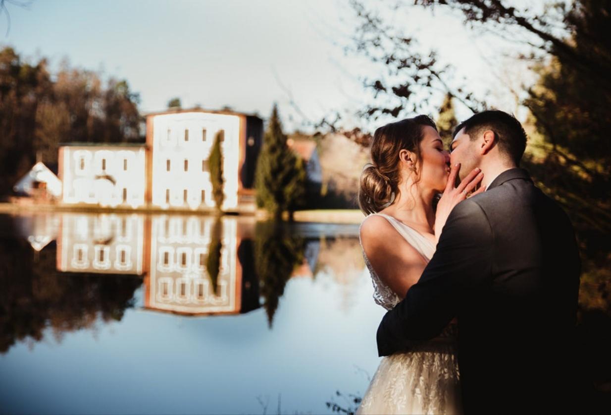 Silvestrovská svatba HOLÍKOVI - Obrázek č. 2