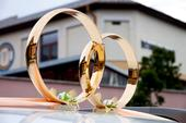 Prstene na svadobne auto,