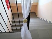 Vyzdoba schodiska alebo dveri,