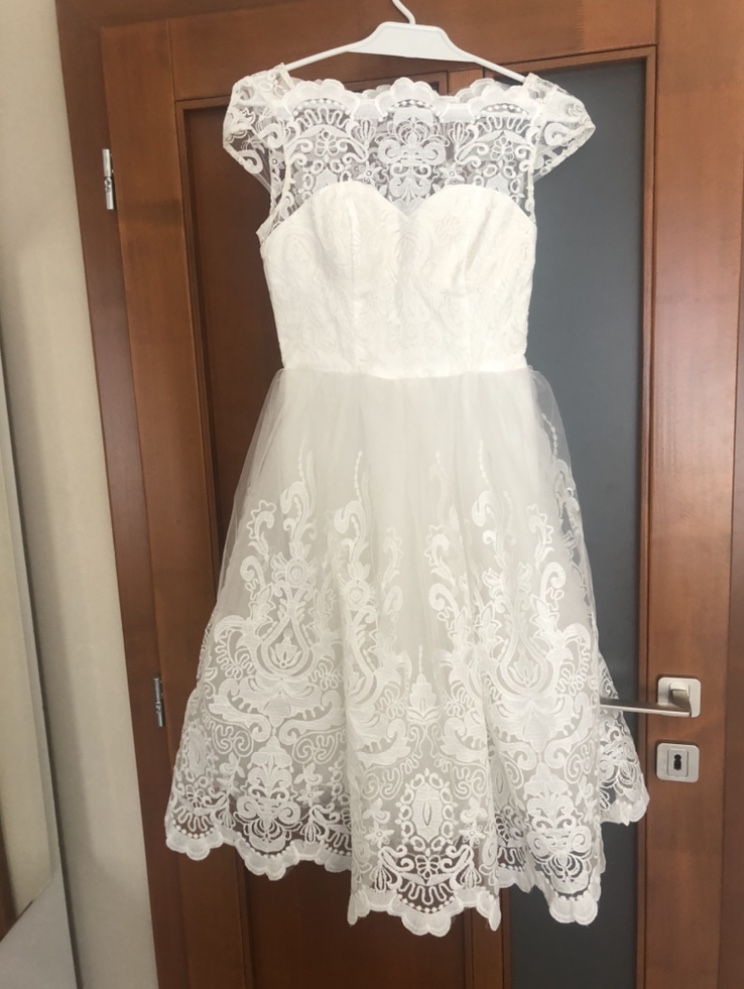 krátke svadobne šaty - Obrázok č. 1