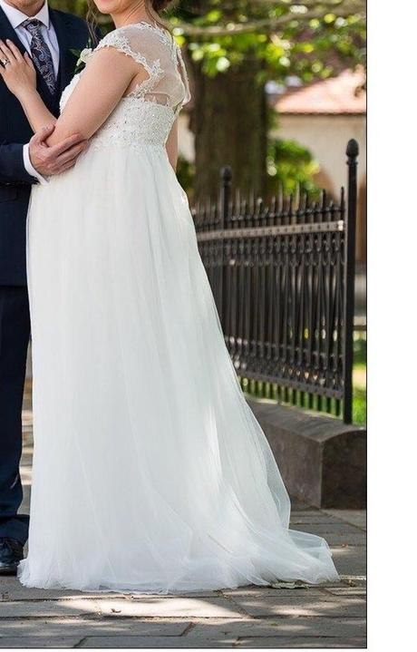 Svadobne šaty - Obrázok č. 2