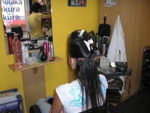 přidělání vlasů