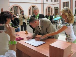 podpis svědka Rádi,bráška Martínka