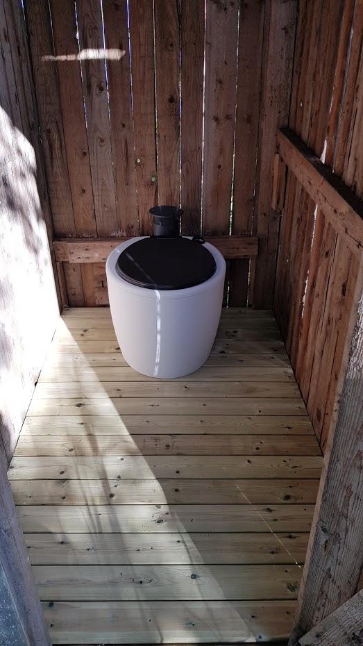 Saarimökki - Kompostovací toaleta.