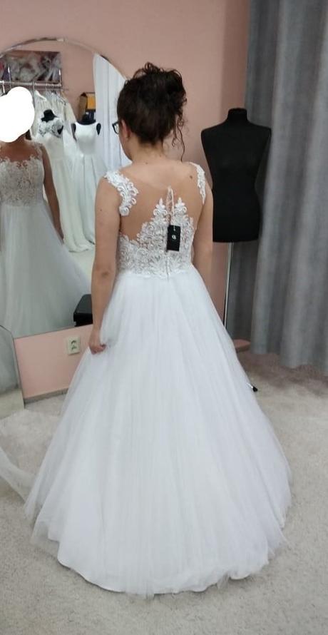 Svatební šaty 40/42 s krásnou krajkou a hladkou sukní - Obrázek č. 4