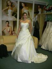 Moje svatební šaty :-)