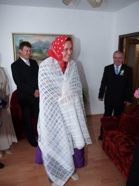 Majka Mičiaková{{_AND_}}Rudko Gajar - 1.falosna nevesta