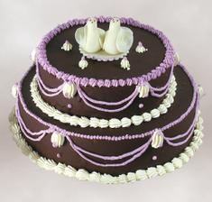 tento dortík s jiným zdobením budeme mít