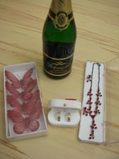 šperky, ozdoby na láhve a jiné drobnůstky...