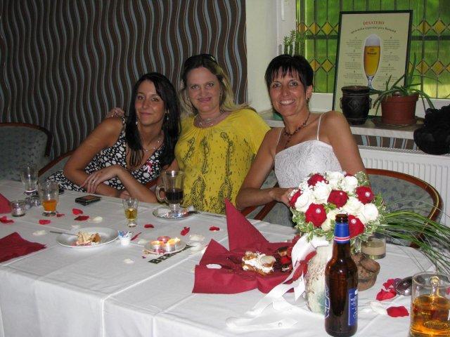 Soňa{{_AND_}}Jirka - já s kamarádkou a dcerou