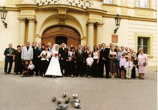 Téměř všichni účastníci naší svatby