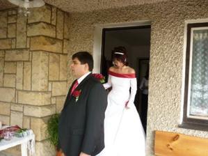 Nevěsta vychází